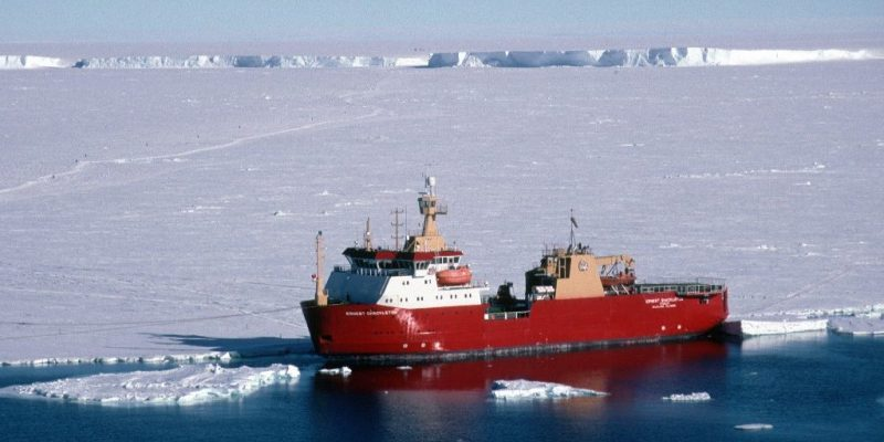 """Navigating the North – Memorial University's Marine Institute team to escort cruise ship through Northwest Passage"""